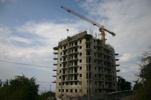 строительство 16-этажек хрустальный