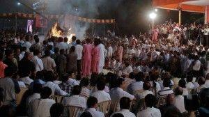 На похоронах в Индии в давке погибли 18 человек