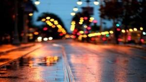 опасности на дроге во время дождя