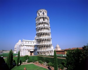 Итальянская мафия планировала взорвать Пизанскую башню