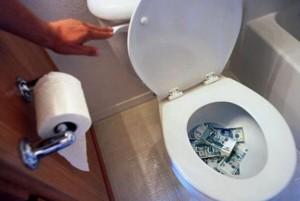 немка смыла в туалет 400 тысяч евро