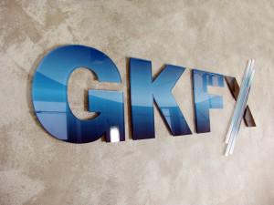 GKFX начинает конкурс ECN vs STP Live