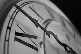 переводит время Севастополь