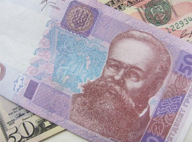 В среду украинская гривна существенно укрепилась к доллару и евро