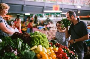 объединить рынки севастополя