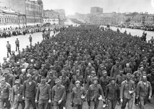 парад военнопленных