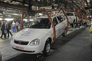 «АвтоВАЗ» намерен поднять цены на Lada Kalina и Lada Largus