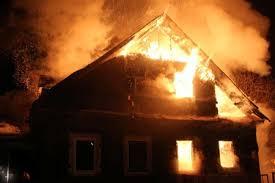 В результате пожара в частном доме Севастополя погиб мужчина
