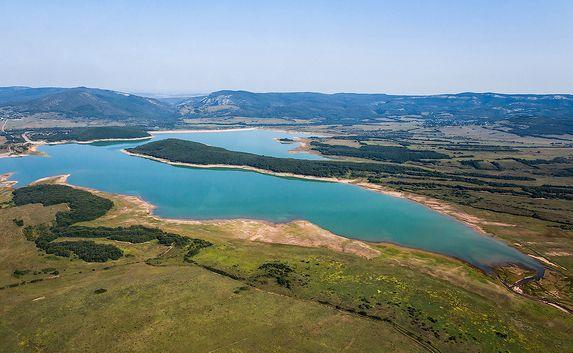 крым делится водой с Севастополем