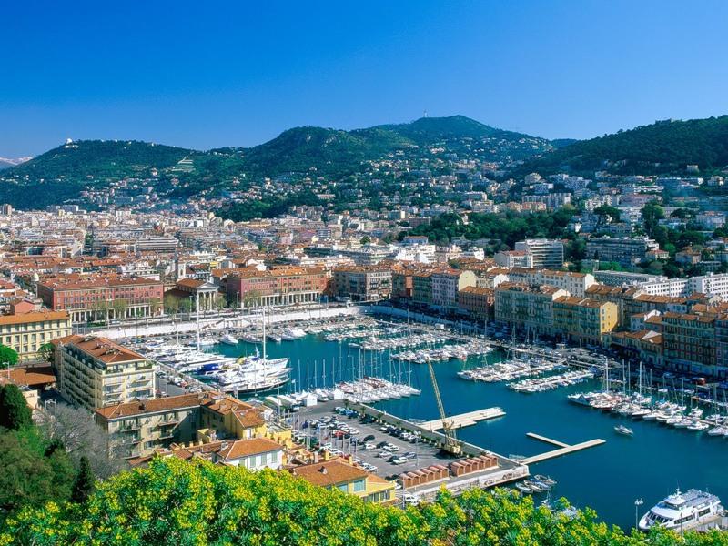Названы наиболее популярные виды жилья Франции