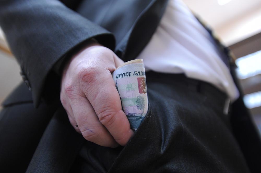 зарплата депутата севастополя
