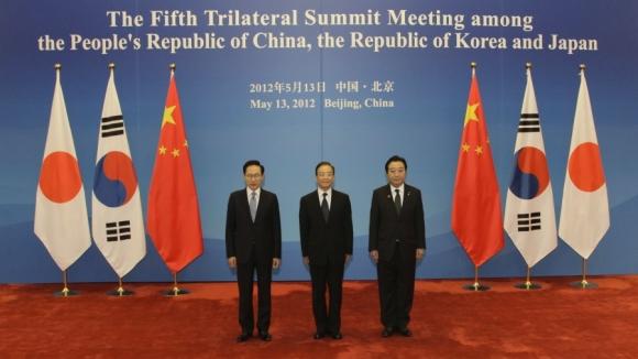 В скором времени произойдет встреча глав Японии, Китая и Южной Кореи