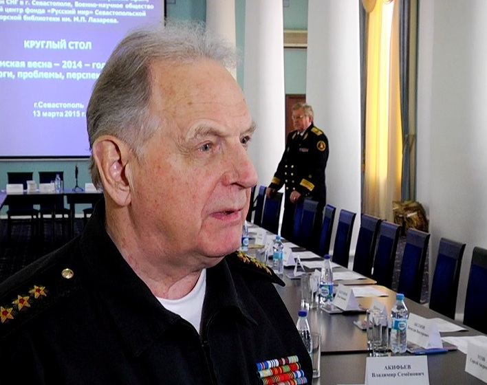 Адмирал Касатонов: затапливать украинские корабли в Крыму не будут