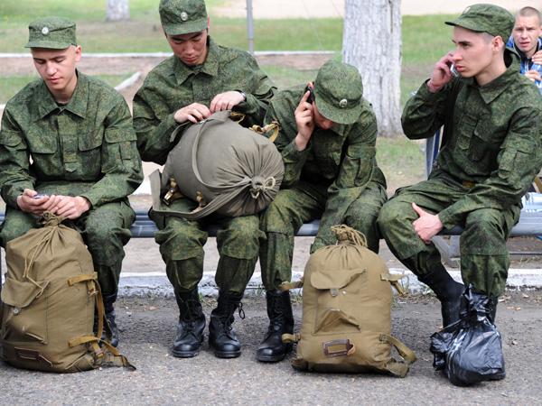 В Крыму не хватает военнослужащих-контрактников