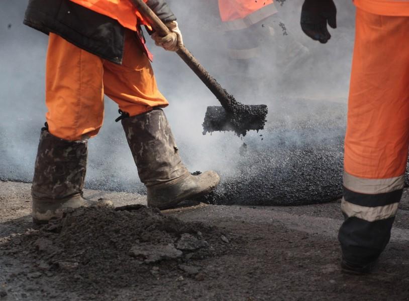 В 2017 году на ремонт севастопольских дорог потратят свыше трех миллиардов рублей