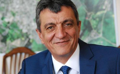 Сергей Меняйло сохранил высокую позицию в итоговом рейтинге эффективности губернаторов за 2015 год