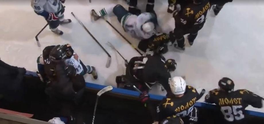 """Правление НХЛ исключило """"Молот"""" и """"Юган"""" из числа участников Ночной Лиги"""