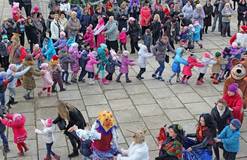 Рождество В КИЦ отметили народным гуляньем с песнями и плясками
