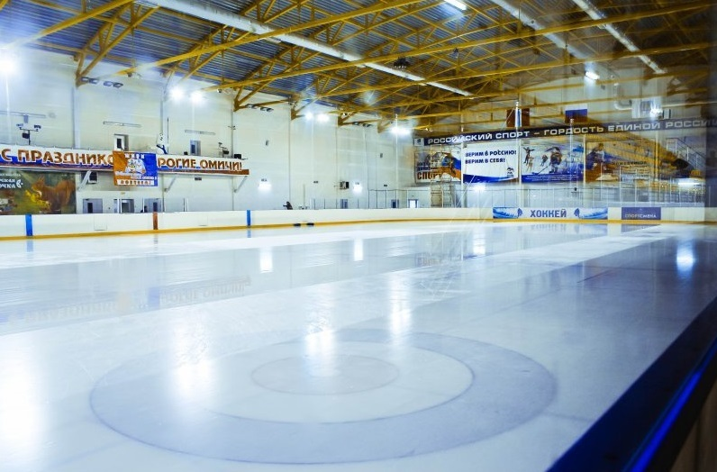 Губернатор Омской области выйдет на лед в первом сезоне НХЛ в регионе