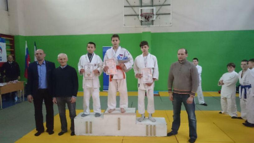 Севастопольские дзюдоисты привезли пять медалей с соревнований в Ялте