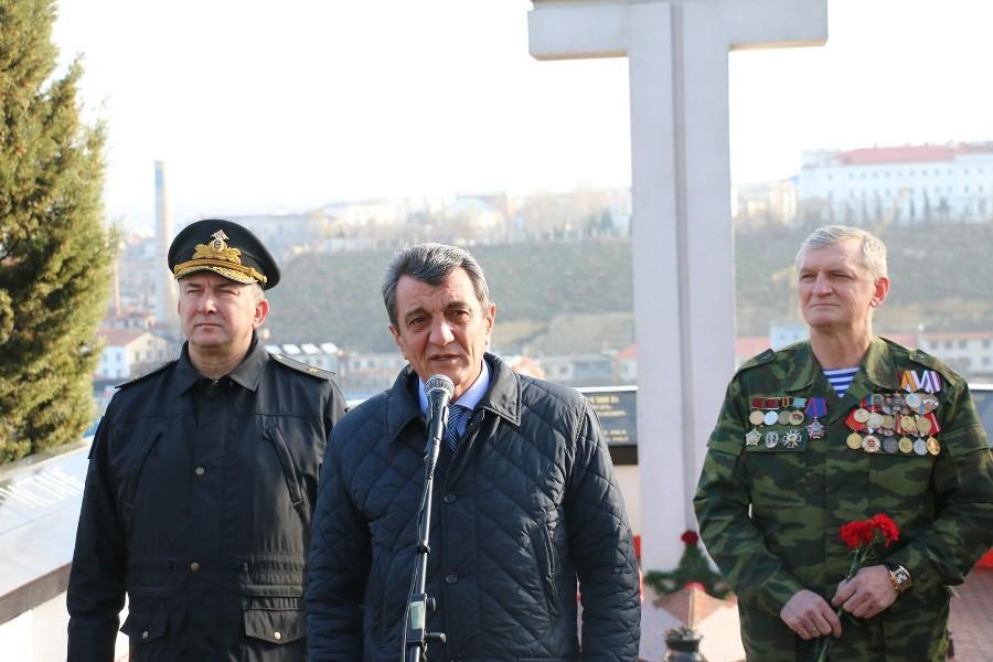 Губернатор пообещал севастопольцам на праздники электроэнергию по максимуму