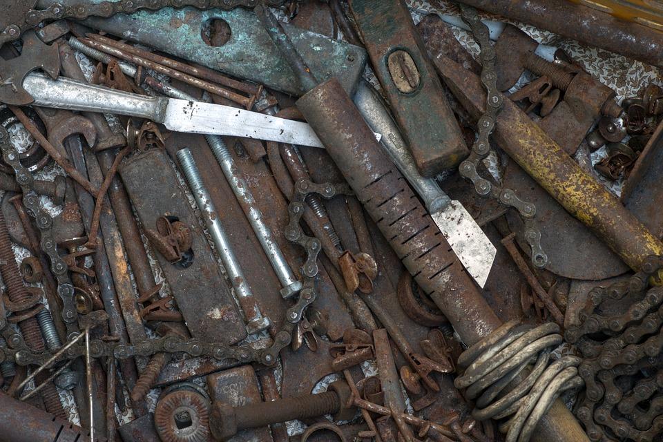 В Севастополе полиция пресекла незаконный оборот металлолома