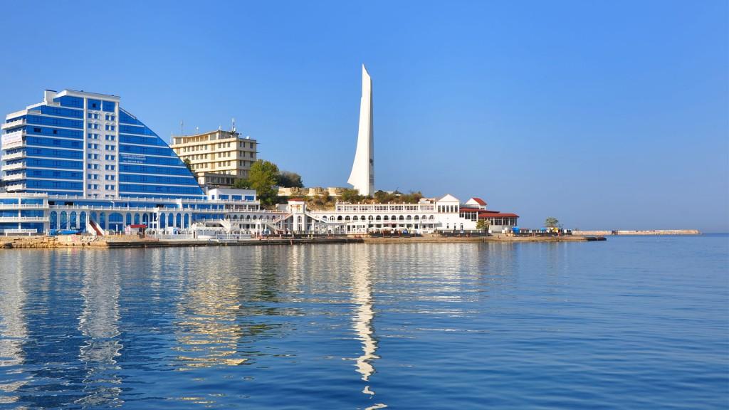 Медведеву предложили сделать Севастополь новой столицей России