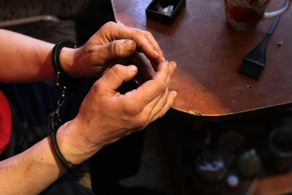 В Севастополе мужчина задушил дедушку своей жены