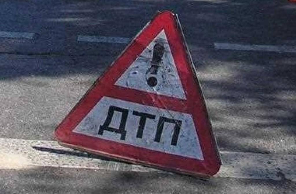 В Крыму под колеса автомобиля попал 13-летний ребенок
