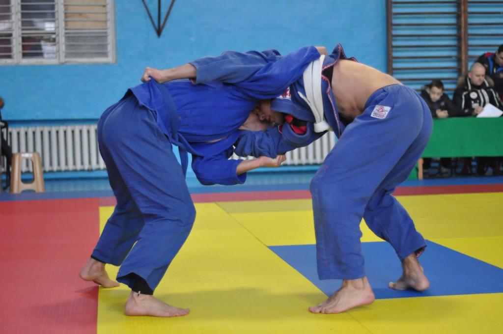 Севастопольские юноши самые сильные в Крыму по панкратиону