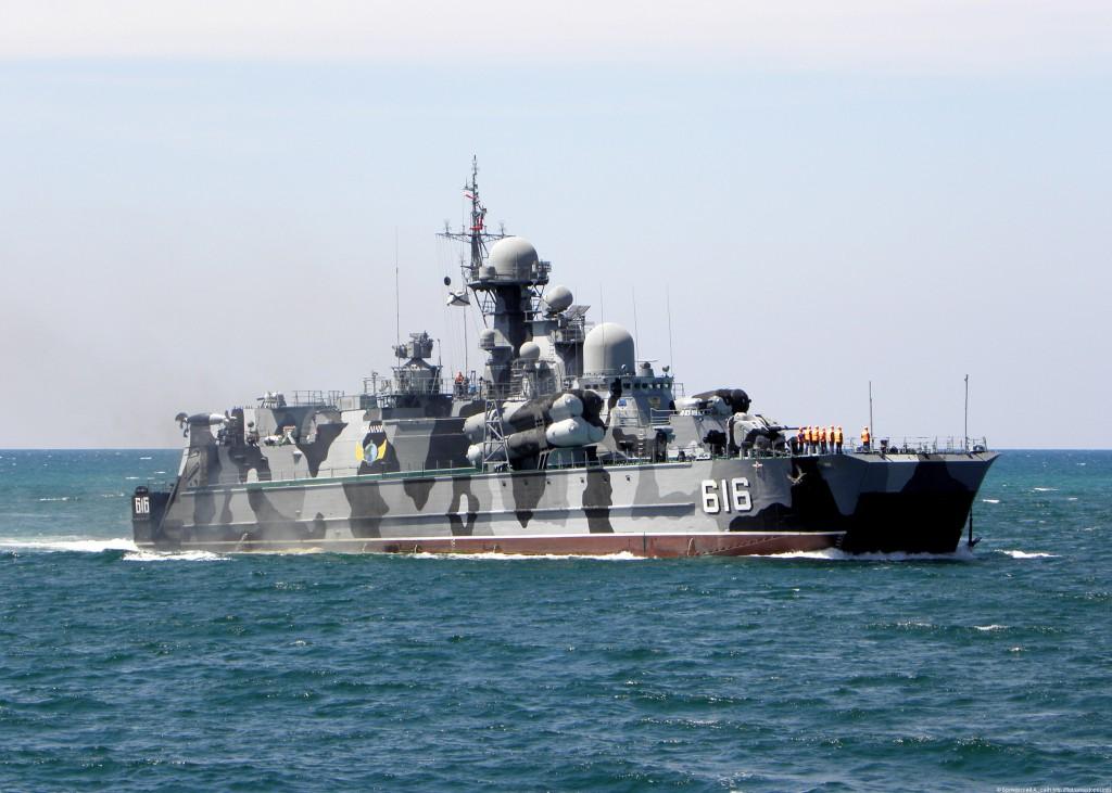 Ракетные катера Черноморского флота ушли в море на учения