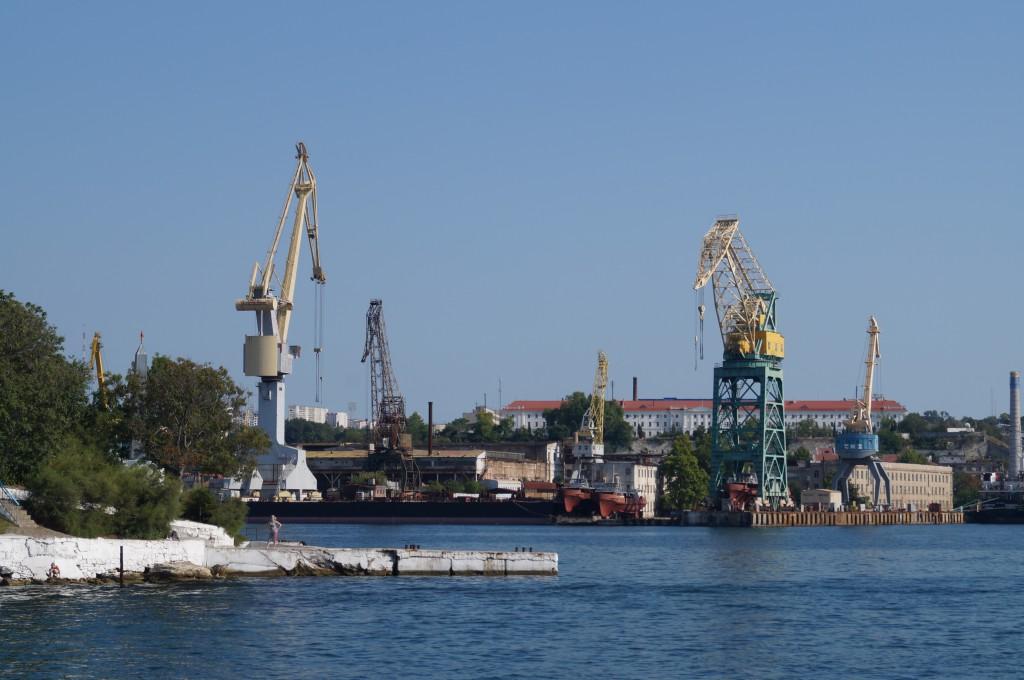 В Севастополе возродят судостроение и производство техники для освоения шельфовых месторождений