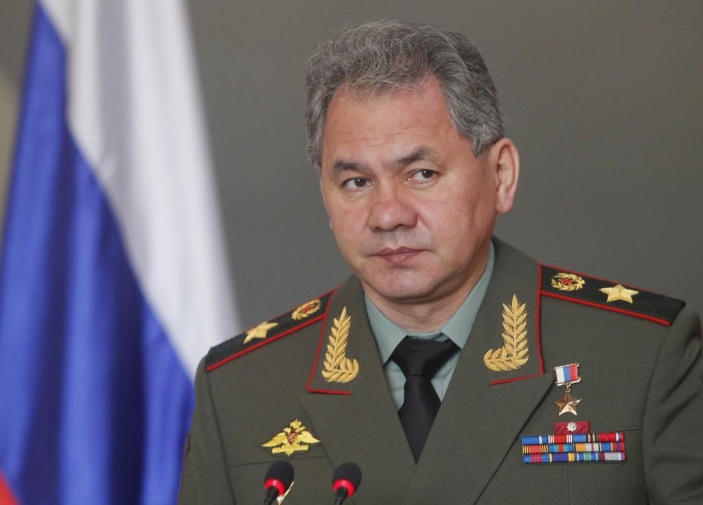 В Крым с проверкой прилетел министр обороны РФ Сергей Шойгу