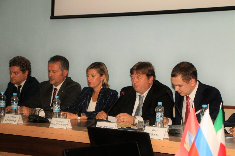 Делегация итальянских политиков и бизнесменов с деловым визитом посетила Севастополь