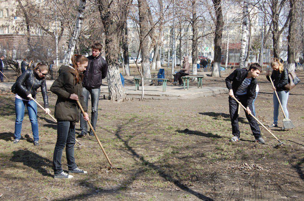 В Севастополе объявили месячник чистоты