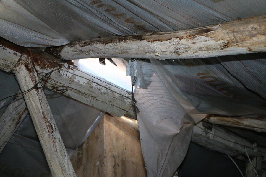В Севастополе крыши чинили только на бумагах