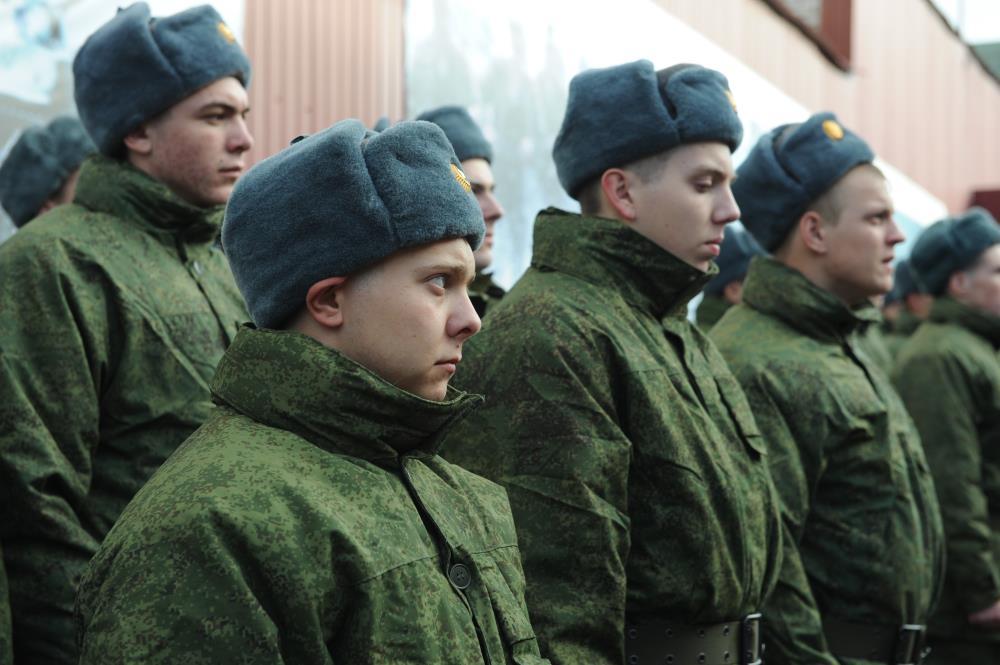 Первые команды новобранцев из Крыма отправились в войска в рамках осеннего призыва