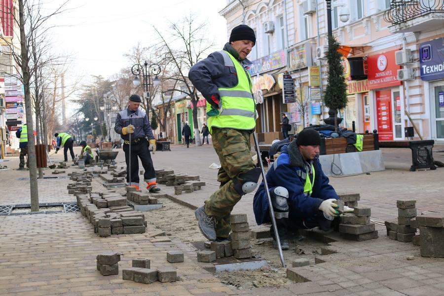"""""""Это, наверное, признак уже не дурости, а тупости"""", - власти прокомметировали реконструкцию центра Симферополя"""
