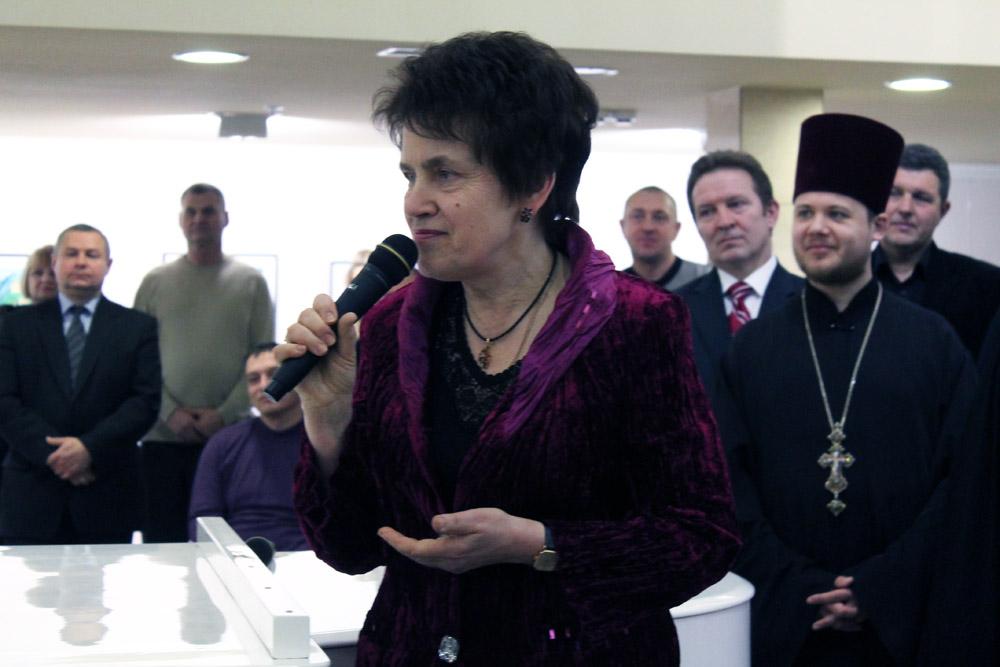 Жена Януковича открыла очередной магазин в Севастополе