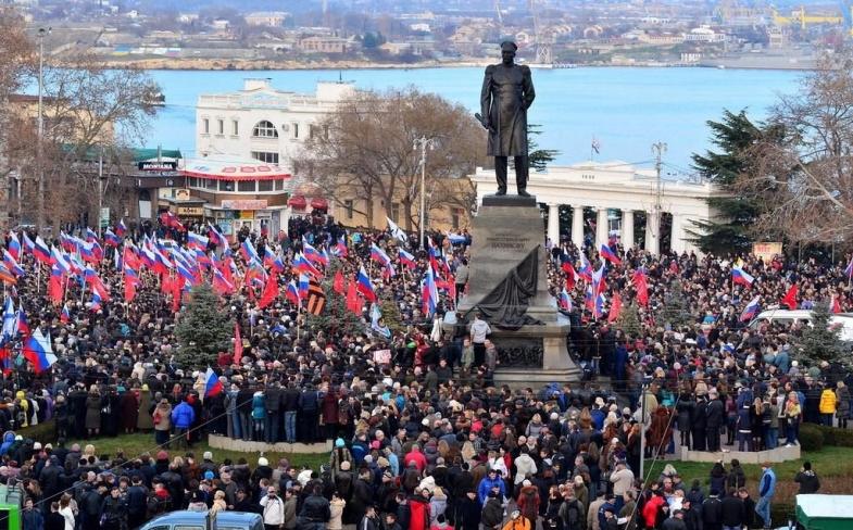 Митинги в Севастополе закрепили законодательно