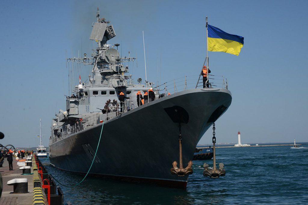 Владимир Путин заявил о готовности передать Украине военную технику из Крыма