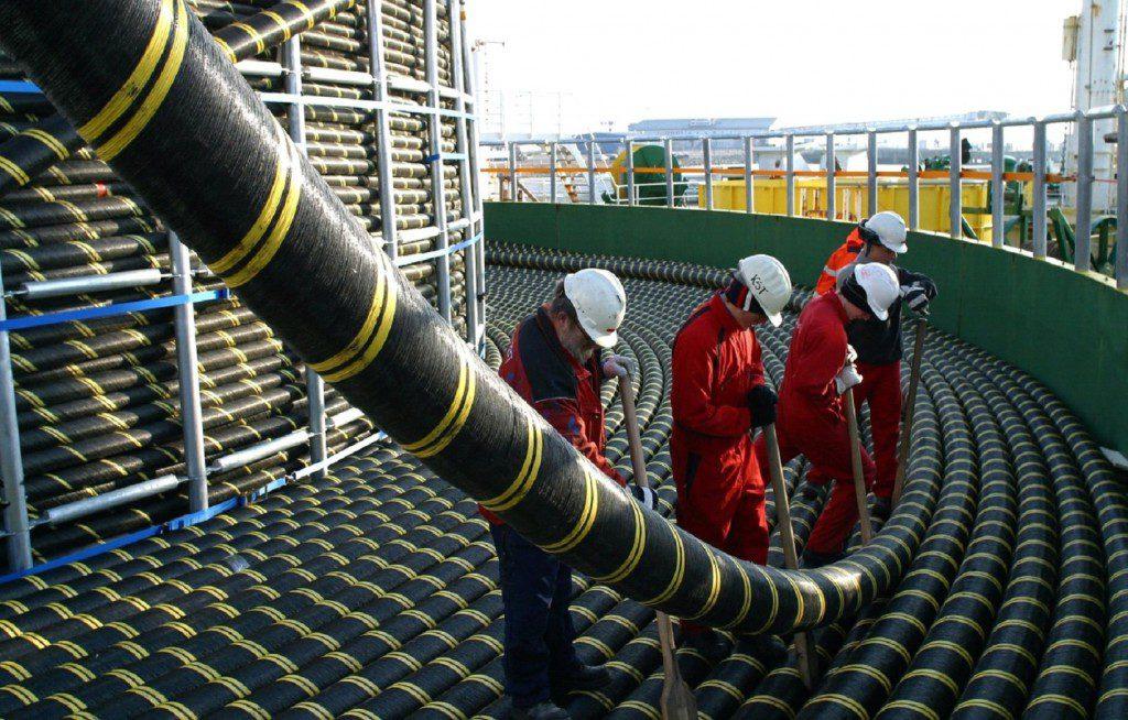 Сотрудники Росгвардии приступили к охране крымского энергомоста