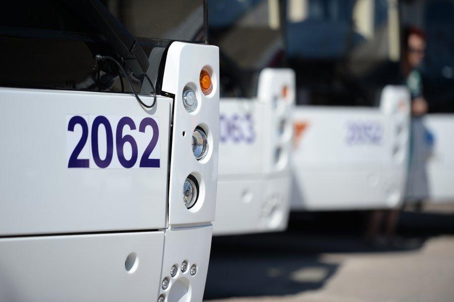 Севастополь ежегодно будет закупать по 50 автобусов и троллейбусов