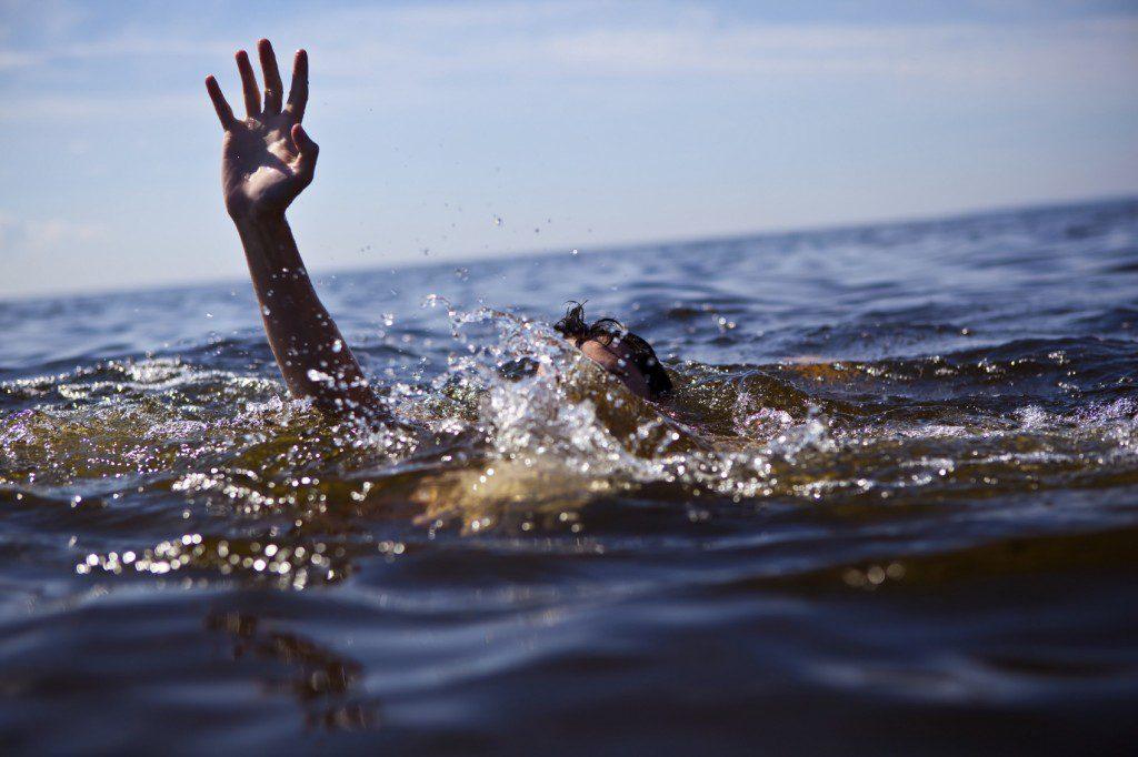 В центре Севастополя едва не утонул участник винного фестиваля