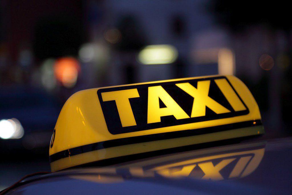 """""""Социальное такси"""" в Севастополе будет работать круглосуточно"""
