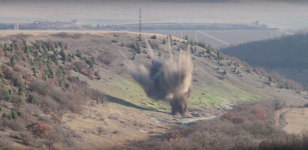 В Крыму обезвредили немецкие осколочные авиабомбы