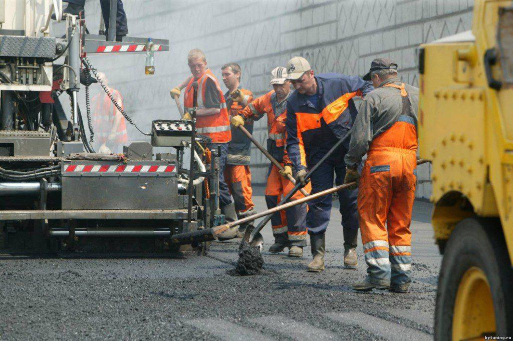 Ремонт дороги на ул. Большая Морская завершат до конца недели