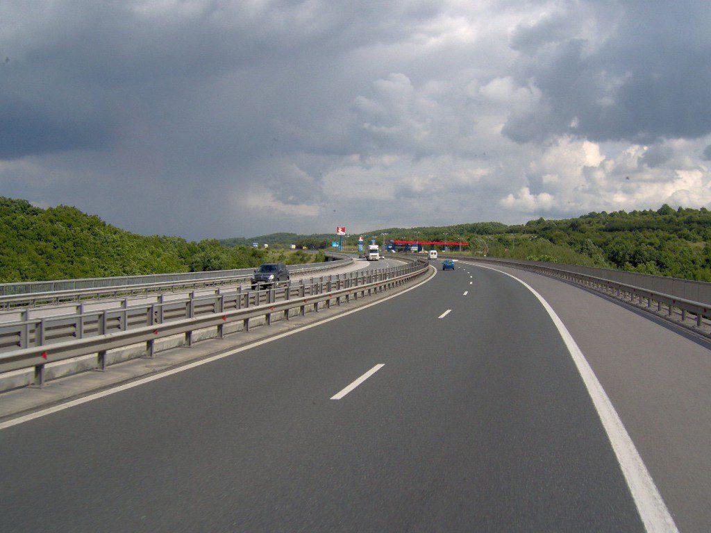 Немецкие депутаты удивились крымским дорогам