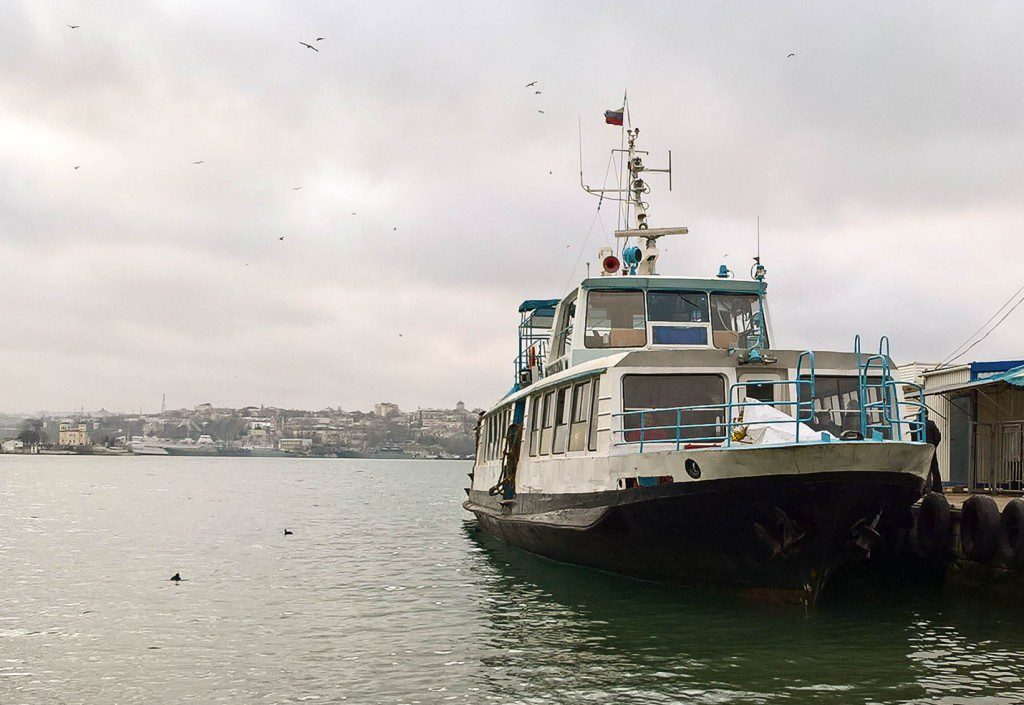 Как будут работать паромы и катера в Севастополе на Новый год?
