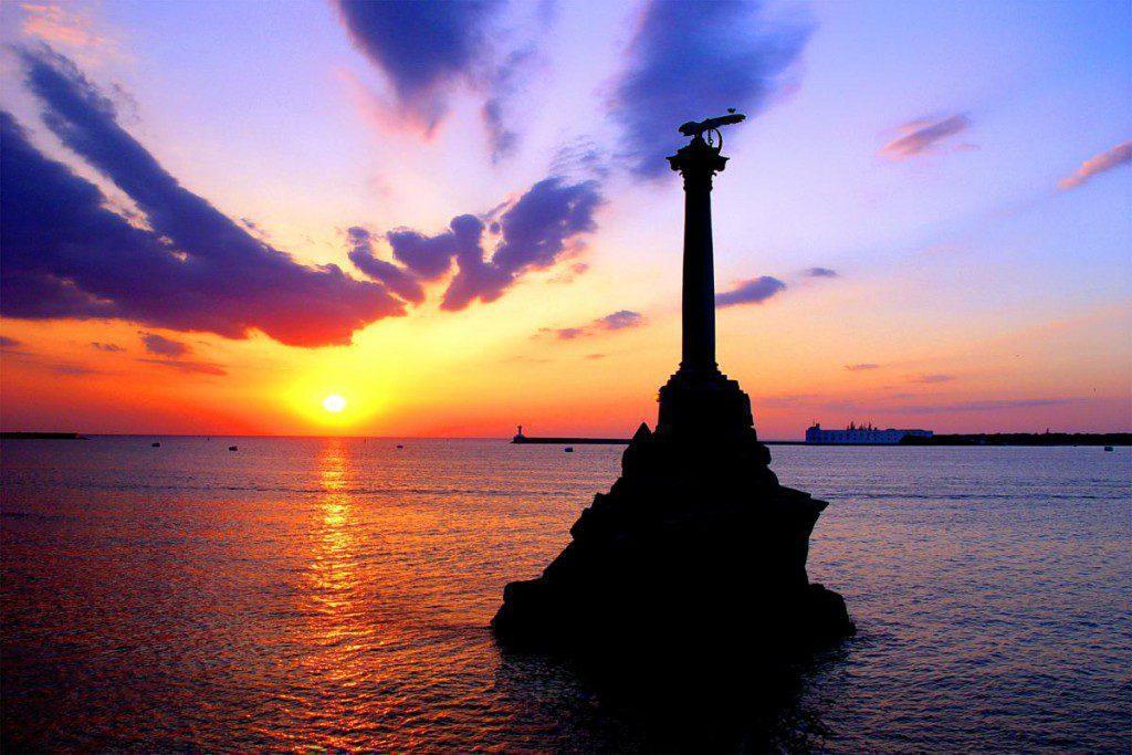 В Севастополе установили 160 информационных знаков вдоль прибрежной защитной полосы Черного моря